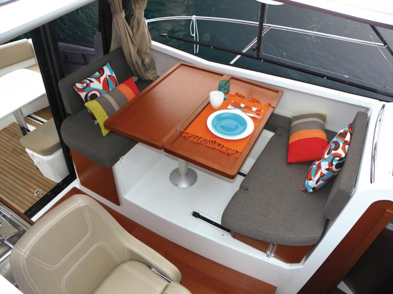 Merry Fisher 855 │ Merry Fisher of 9m │ Boat powerboat Jeanneau boat Merry-Fisher-855 1115