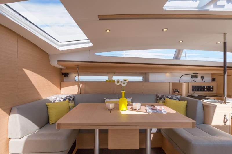 Jeanneau 58 Interior Views 19