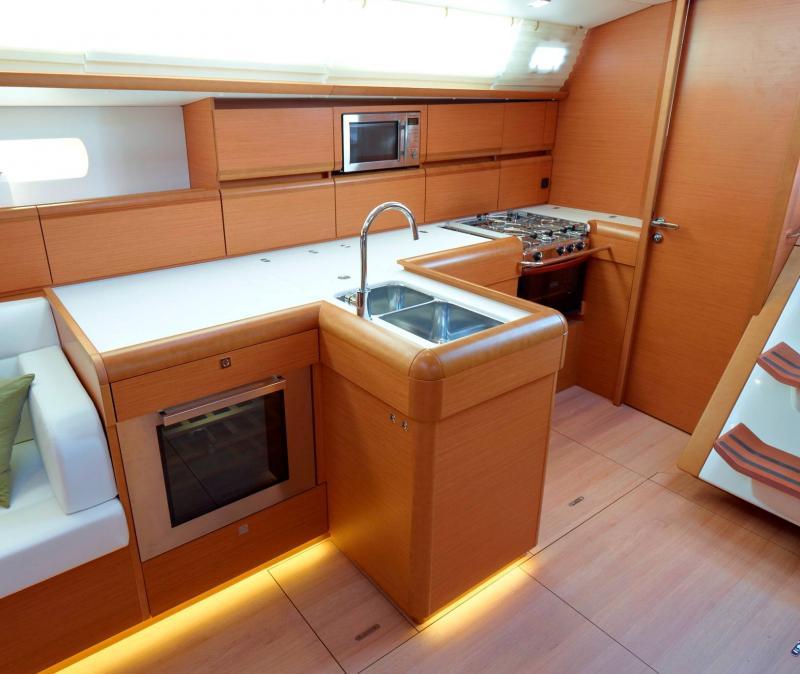 Sun Odyssey 519 │ Sun Odyssey of 16m │ Boat Segelboote Jeanneau  19808
