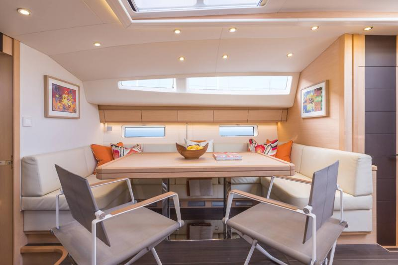 Jeanneau 64 Interior Views 46