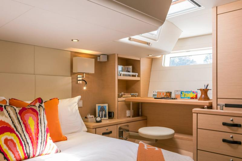 Jeanneau 64 Interior Views 12