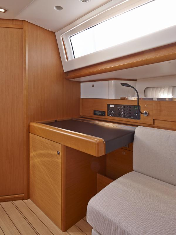 Sun Odyssey 41 DS │ Sun Odyssey DS of 12m │ Boat Sailboat Jeanneau boat Sun-Odyssey-DS-41DS 844