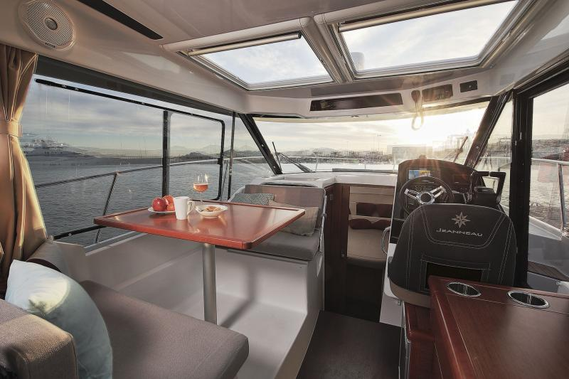Merry Fisher 895 Interior Views 1