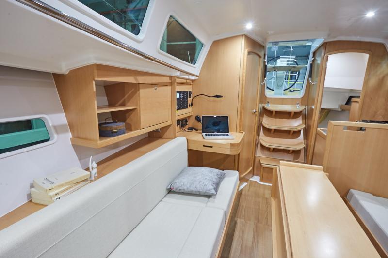 Sun Odyssey 319 Interior Views 14