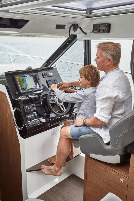 NC 1095 │ NC Weekender of 10m │ Boat powerboat Jeanneau  18900