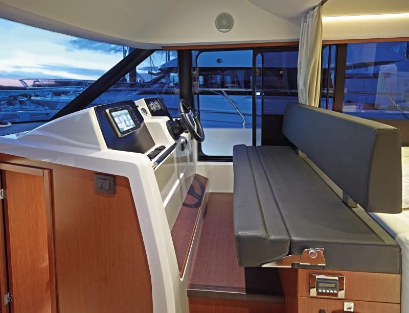 Velasco 37F Interior Views 10