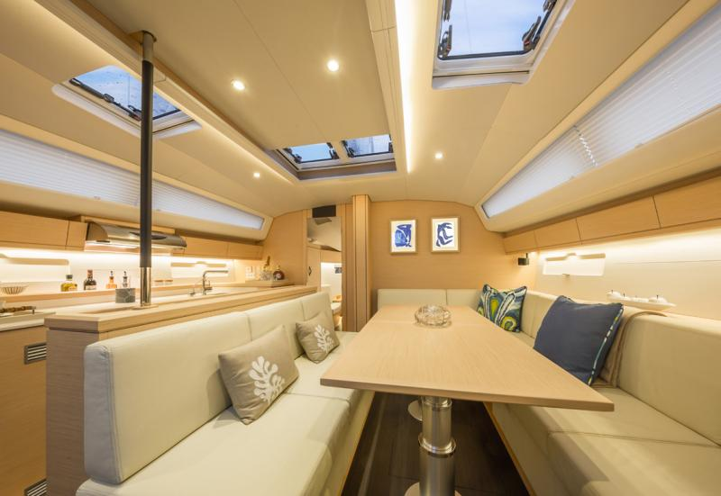Jeanneau 54 Interior Views 31