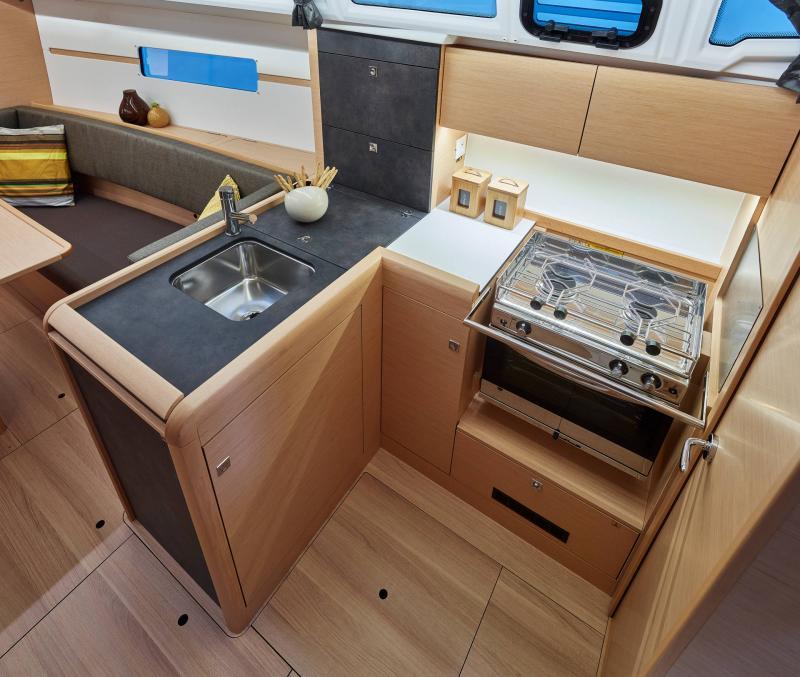 Sun Odyssey 349 │ Sun Odyssey of 10m │ Boat Sailboat Jeanneau  19174