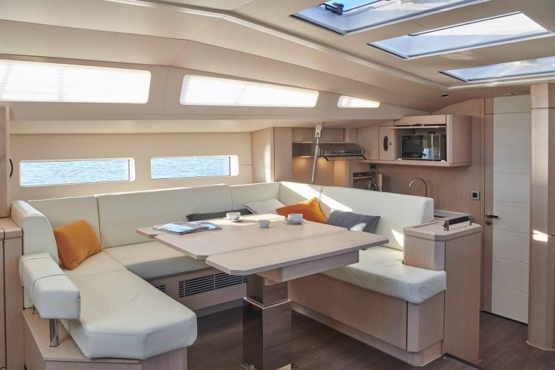 Jeanneau Yachts 60 │ Jeanneau Yachts of 18m │ Boat Sailboat Jeanneau Saloon 22498