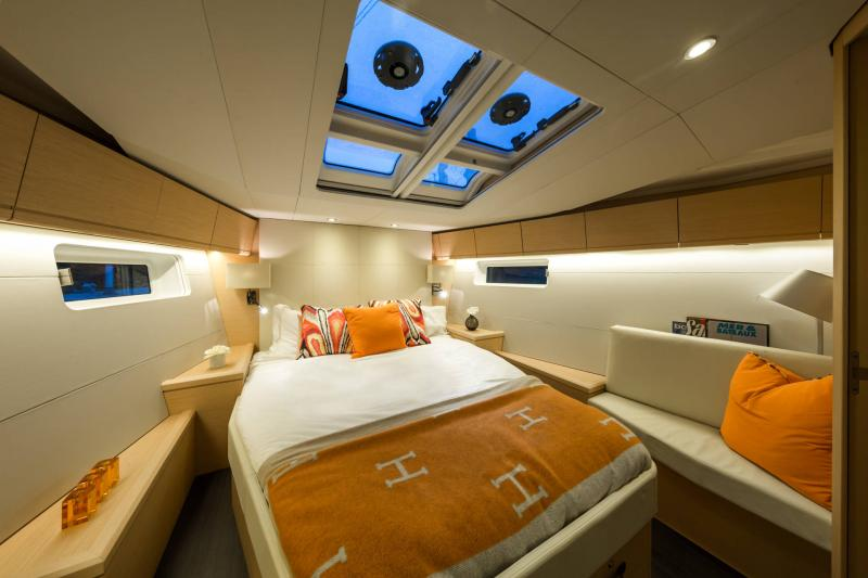 Jeanneau 54 Interior Views 4