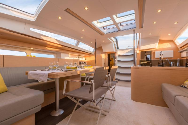 Jeanneau 58 Interior Views 12