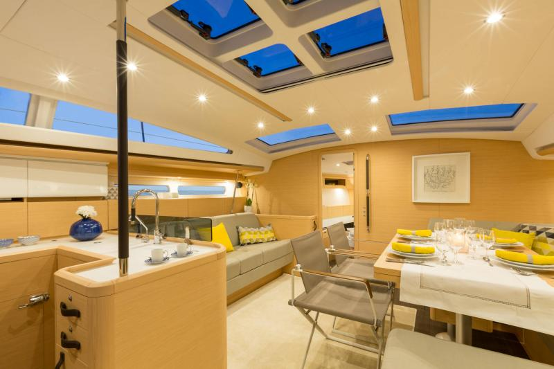 Jeanneau 58 Interior Views 18