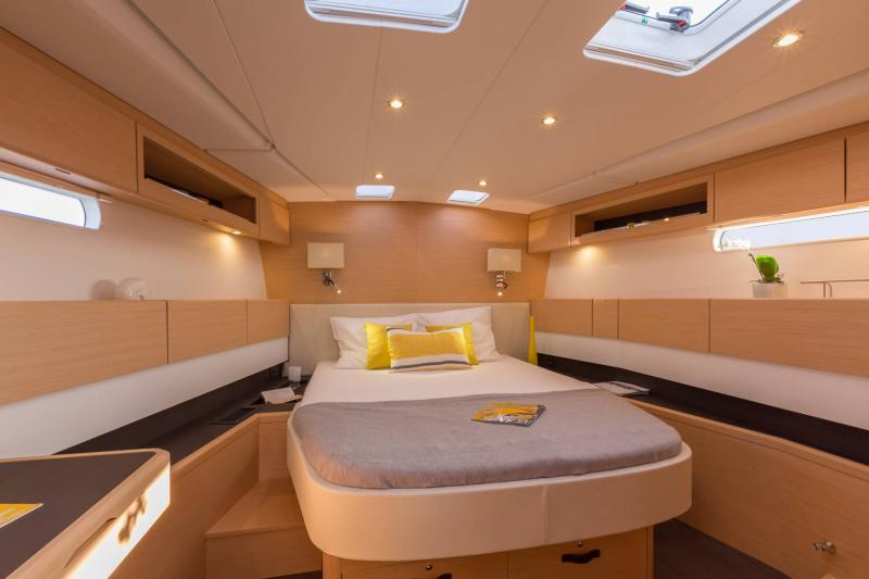 Jeanneau 58 Interior Views 1