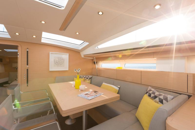 Jeanneau 58 Interior Views 22