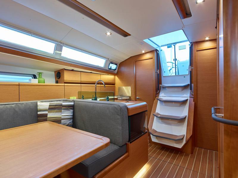 Sun Odyssey 419 │ Sun Odyssey of 13m │ Boat Barche a vela Jeanneau  13085
