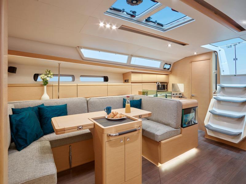 Sun Odyssey 449 │ Sun Odyssey of 14m │ Boat Barche a vela Jeanneau  13185