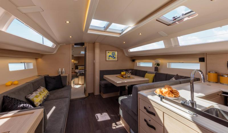 Jeanneau 51 Interior Views 21