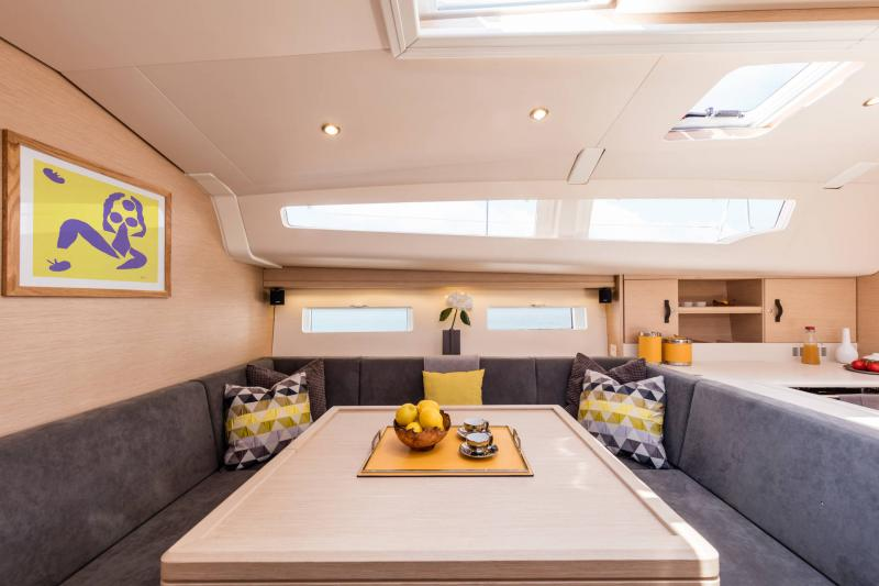 Jeanneau 51 Interior Views 6