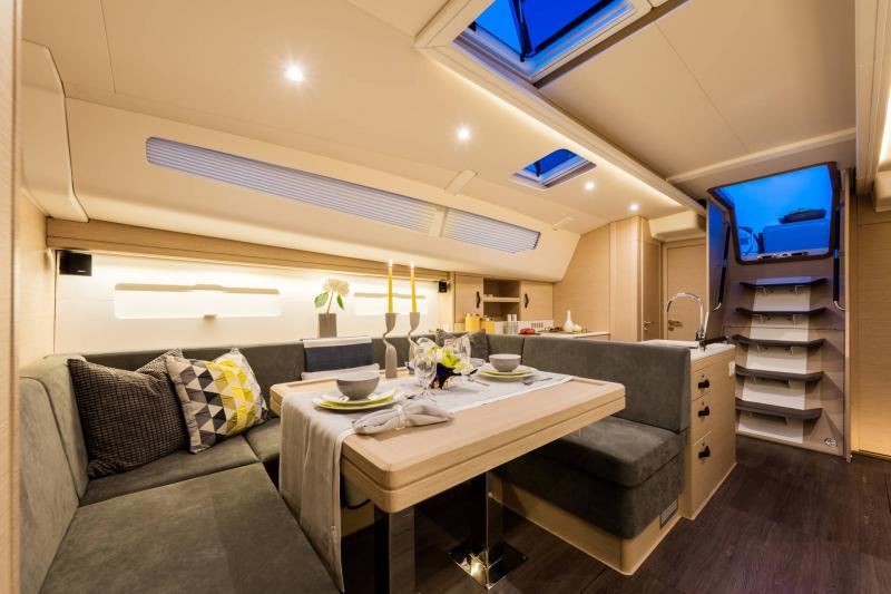 Jeanneau 51 Interior Views 14