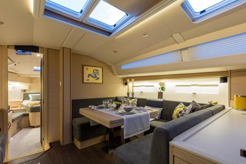 Jeanneau 51 Interior Views 5