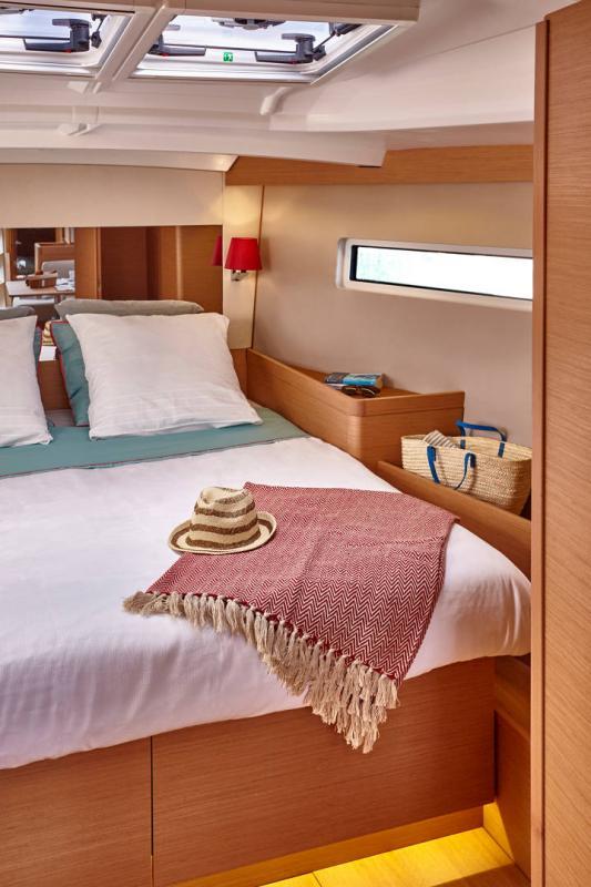 Sun Odyssey 440 │ Sun Odyssey Walk-Around of 13m │ Boat Veleros Jeanneau  13162