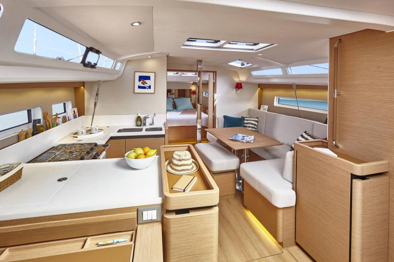 Sun Odyssey 440 │ Sun Odyssey Walk-Around of 13m │ Boat Sailboat Jeanneau  13171