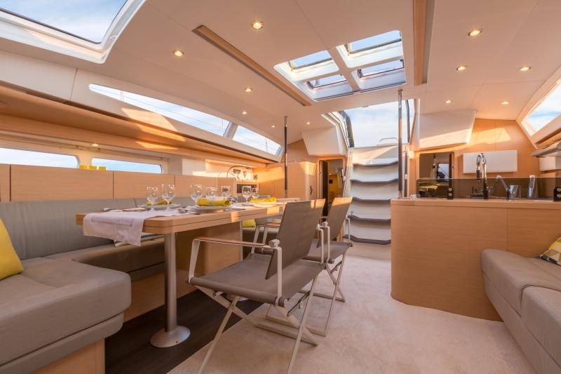 Jeanneau 58 Interior Views 13