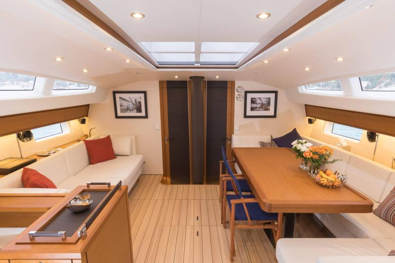 Jeanneau 64 Interior Views 10
