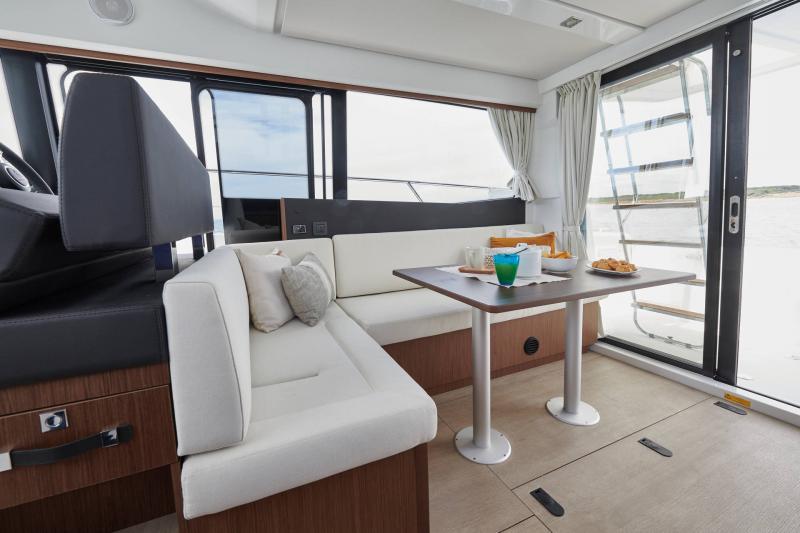 NC 38 Fly │ NC of 11m │ Boat Intra-borda Jeanneau  15068