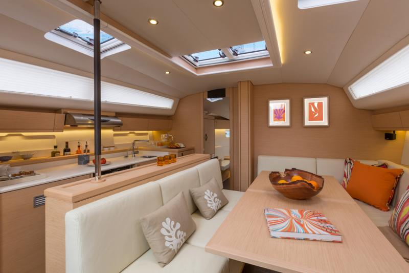 Jeanneau 54 Interior Views 22