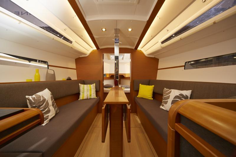 Sun Odyssey 349 │ Sun Odyssey of 10m │ Boat Veleros Jeanneau barco Sun-Odyssey-349 922