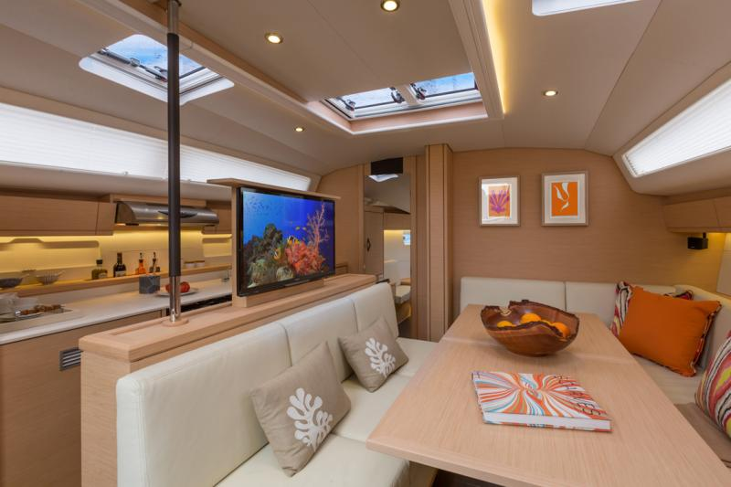 Jeanneau 54 Interior Views 21