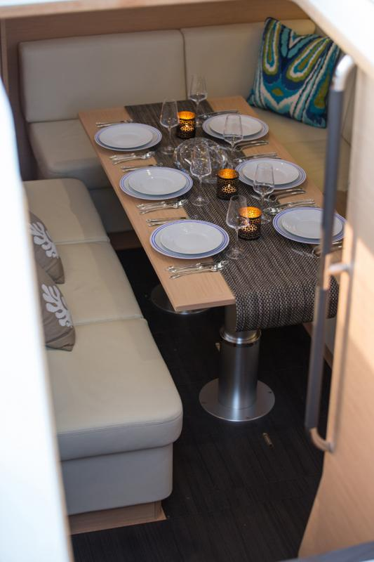 Jeanneau 54 Interior Views 24