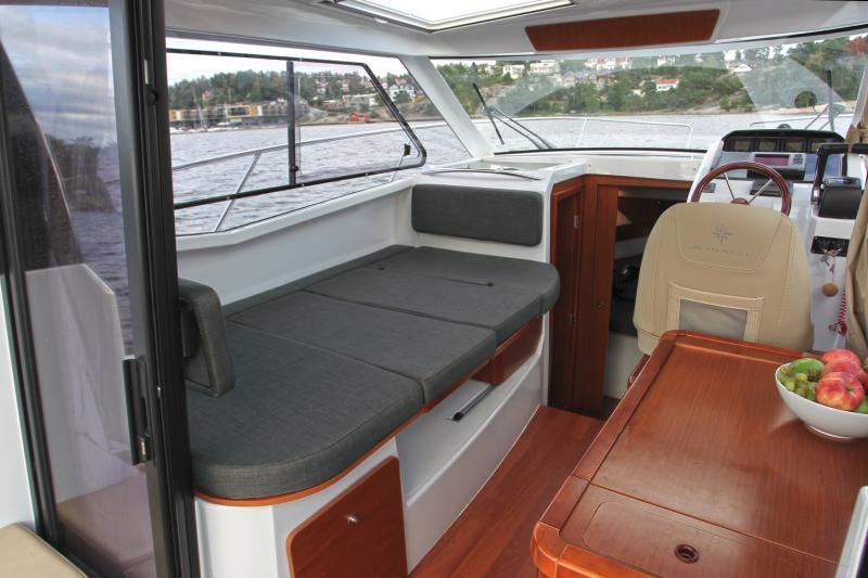 Merry Fisher 855 │ Merry Fisher of 9m │ Boat Outboard Jeanneau boat Merry-Fisher-855 1113