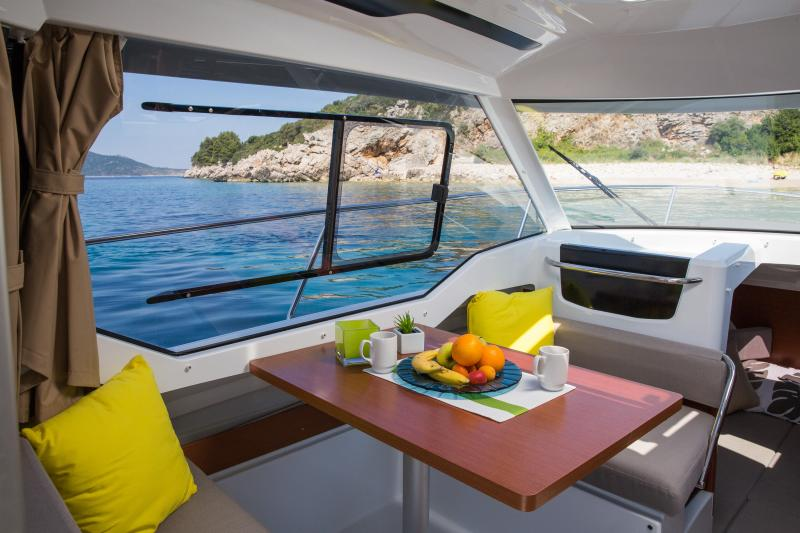 Merry Fisher 795 Interior Views 2