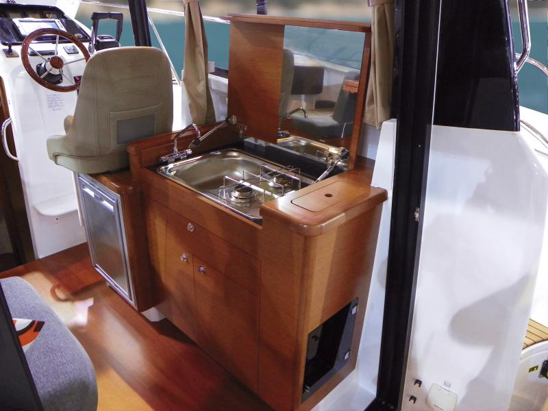 Merry Fisher 855 │ Merry Fisher of 9m │ Boat Outboard Jeanneau boat Merry-Fisher-855 1117