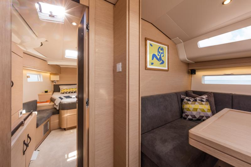 Jeanneau 51 Interior Views 29