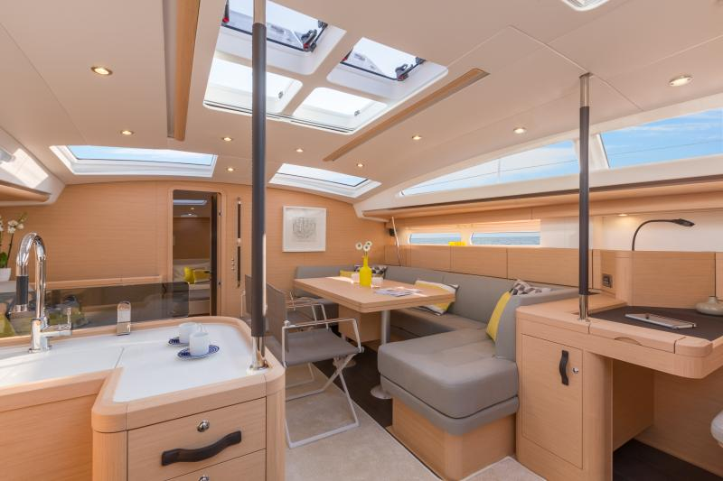 Jeanneau 58 Interior Views 3