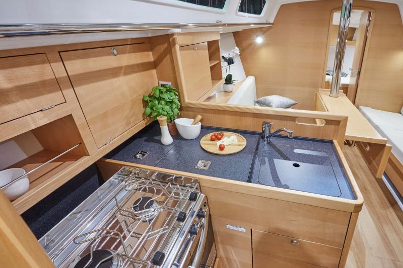 Sun Odyssey 319 │ Sun Odyssey of 10m │ Boat Barche a vela Jeanneau  10246