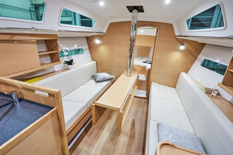 Sun Odyssey 319 Interior Views 6