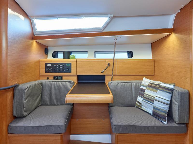 Sun Odyssey 419 │ Sun Odyssey of 13m │ Boat Veleros Jeanneau  19389